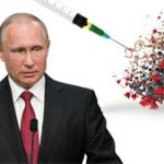 """Ситуация с заболеваемостью коронавирусом в России улучшается, но расслабляться рано, заявил президент РФ Владимир Путин. """"Мы видим, что наблюдается некоторое снижение (темпов заболевания - ИФ), но успокаивать нас это не должно"""", - сказал он на совещании с членами правительства. При этом он отметил, что """"в мире в целом, к сожалению, пока не удается задушить эту болезнь, не удается предотвратить и все негативные последствия, с нею связанные"""". Глава государства считает, что в России необходимо переходить от масштабной к массовой вакцинации против коронавируса. """"На прошлой неделе мне Михаил Владимирович (Мишустин) докладывал, что промышленность отработала, не только выполнила все обещанные нормативы и объемы, но и превысила плановые объемы выпуска вакцины. Нам нужно переходить от масштабной к массовой вакцинации"""", - сказал Путин. Он призвал членов правительства РФ иметь это в виду, готовить соответствующую инфраструктуру. """"Слава богу, наша вакцина не требует при перевозке каких-то экстренных условий, таких как минус 50, минус 70 градусов. У нас все гораздо проще и эффективнее работает"""", - подчеркнул Путин. В этой связи он попросил уже со следующей недели приступать к массовой вакцинации всего населения, выстроить соответствующий график этой работы. Как сообщила в свою очередь вице-премьер Татьяна Голикова, с начала 2021 года в России выявлено около 285 тысяч новых случаев коронавируса, при этом показатель прироста снизился на 15% по сравнению с окончанием 2020 года. """"С начала 2021 года по сегодняшний день в России выявлено около 285 тысяч случаев новой коронавирусной инфекции, и если это сравнивать с 12 последними днями декабря, то мы увидим снижение более чем на 15%. Выздоровело с начала 2021 года почти 274 тысячи человек"""", - сказала Голикова в среду на совещании у президента. По словам вице-премьера, в целом период новогодних праздников с точки зрения эпидемиологического надзора и оказания медицинской помощи гражданам прошел без сбоев, несмотря на то, что """"на ситуацию"""